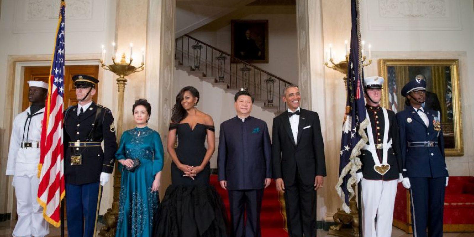 Los cuatro hicieron una gran entrada antes de la cena Foto:AP