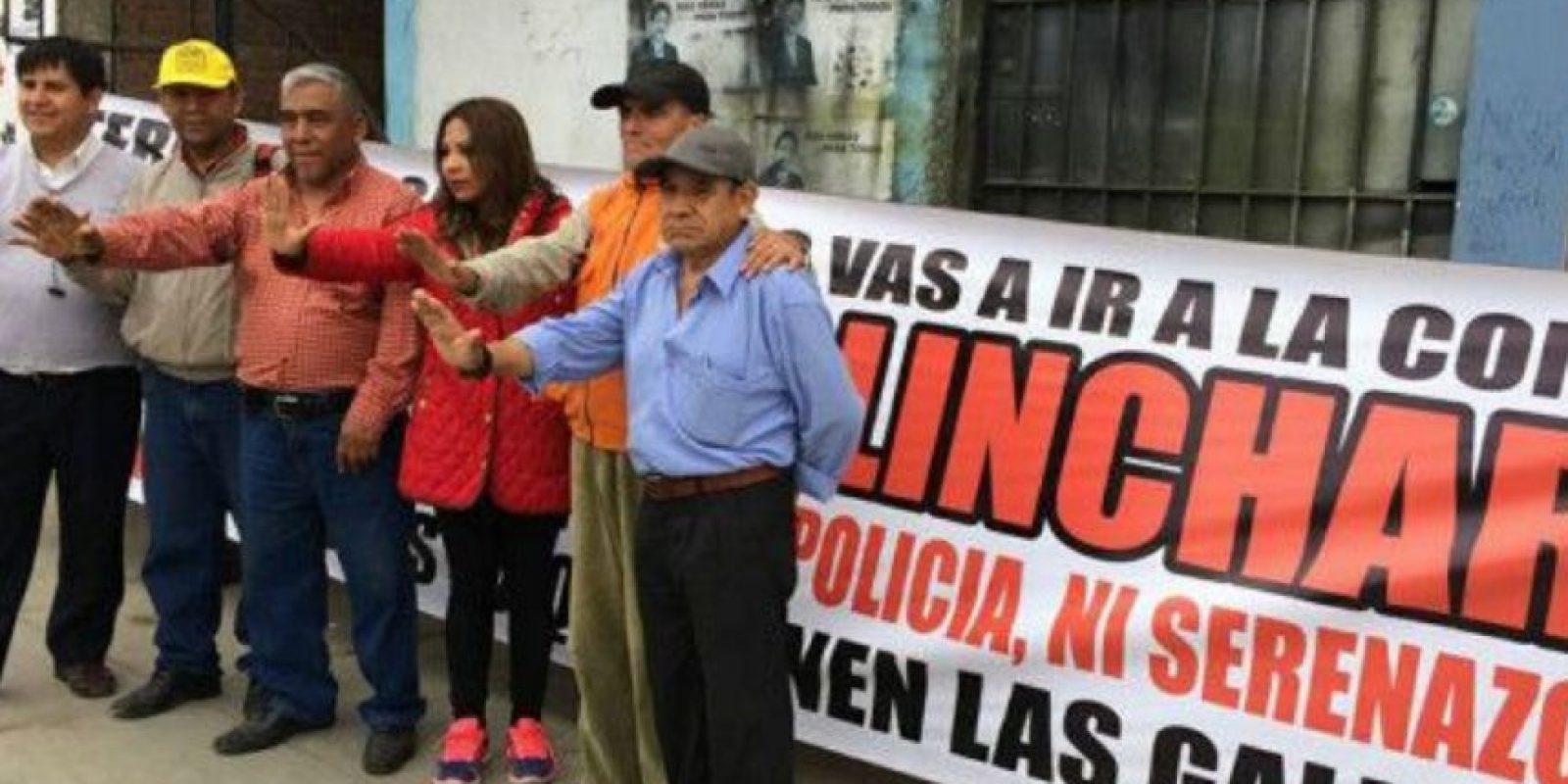 Por eso, la gente se ha organizado y ha tomado justicia por su propia mano. Foto:vía Facebook/Chapa tu Choro