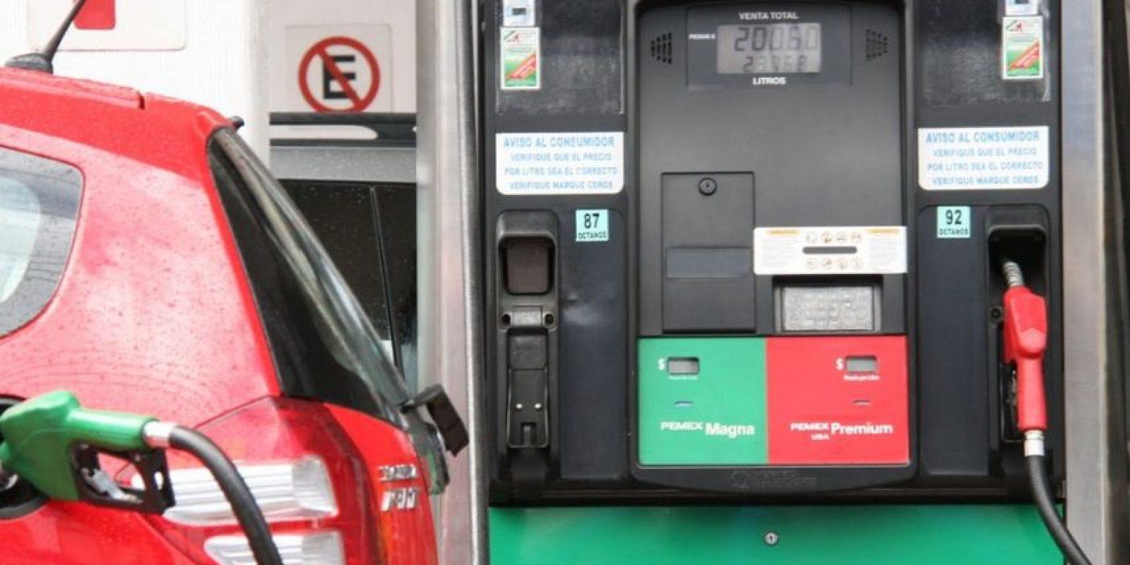 Aunque la posibilidad sea muy remota, existe un riesgo bajo de que se produzca, pero no por el combustible, sino por el gas que sale de la manguera. Foto:Tumblr