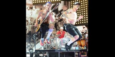 "11. ""Californication"" de ""Red Hot Chilli Peppers"" (38 millones 190 mil 230 reproducciones) Foto:Instagram"