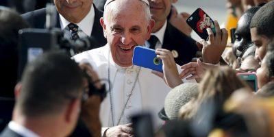 Las caravanas no se hicieron esperar, gracias a ellas el pontífice se reunión con varios de sus seguidores. Foto:AP