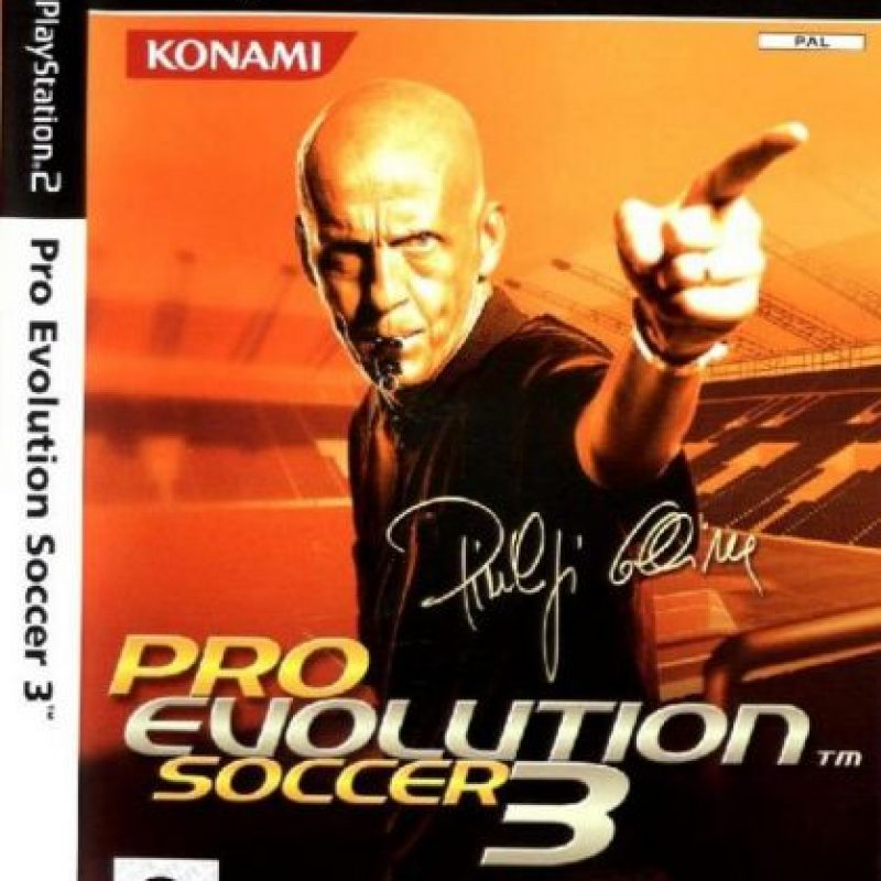 """""""Pro Evolution Soccer 3"""" con el árbitro italiano Pierluigi Collina (2003). Foto:Konami"""