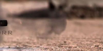 Una bala calibre 50 también se enfrentó al iPhone. Foto:vía FullMag