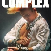 """Justin Bieber es protagonista de la revista """"Complex"""" del mes de octubre Foto:Revista """"Complex"""""""