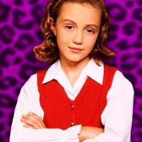 Madeline Zima, quien la interpretó duró en la serie hasta que terminó. Creció ahí. Fue en 1999. Foto:vía CBS