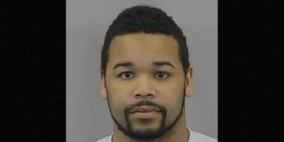 Dexter K. Poole, de 24 años de edad, fue detenido en Carolina del Norte, Estados Unidos, por publicar un video sexual de una niña de 16 años. La llevó a una fiesta y le dio alcohol sin el permiso de sus padres. Foto:vía Randolph County Sheriff's Office