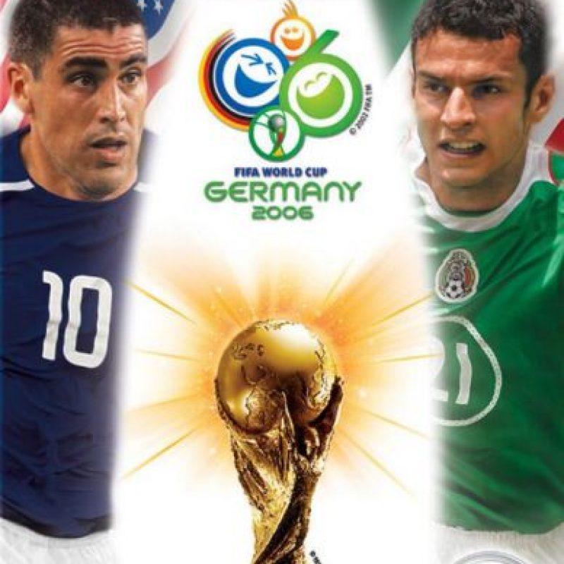 """En el año 2006, en la portada del videojuego portada """"FIFA World Cup 2006"""" para América del Norte aparecían el estadounidense Claudio Reyna y el mexicano Jaime Lozano. Sin embargo el jugador mexicano no fue a este evento. Foto:Vía twitter.com"""