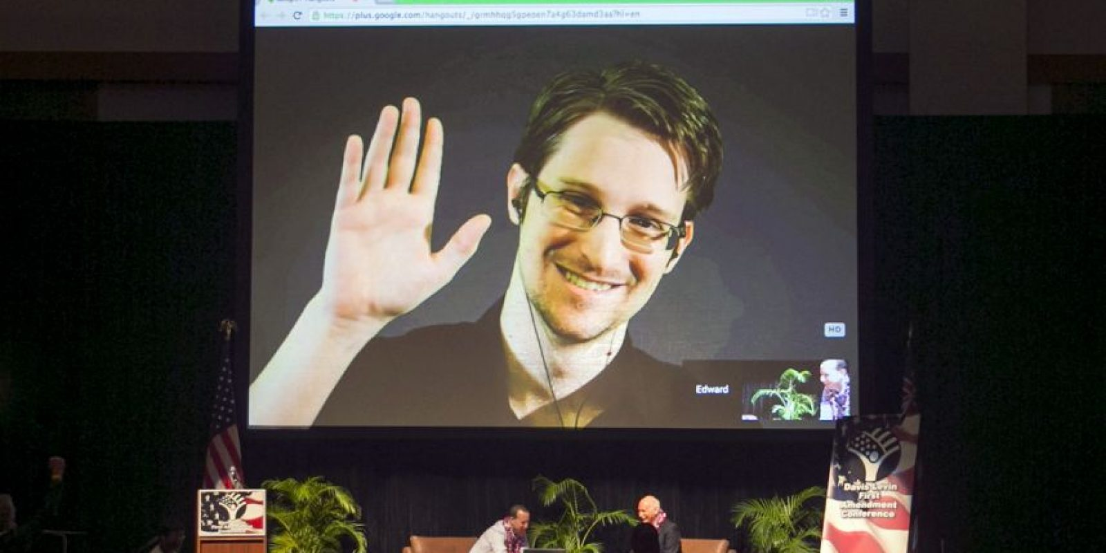 Por haber revelado información confidencial de las agencias algunos lo califican de traidor y otros de héroe Foto:AP