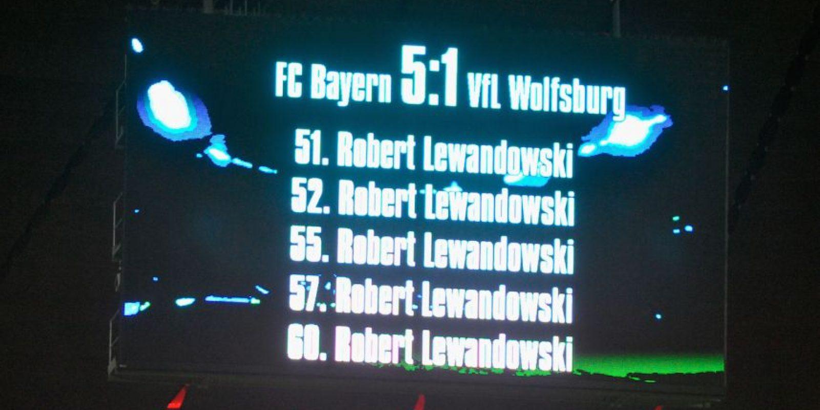 Su explosión goleadora comenzó en el partido ante el Wolfsburgo, en el que marcó cinco goles, ¡en sólo 9 minutos! Foto:Getty Images