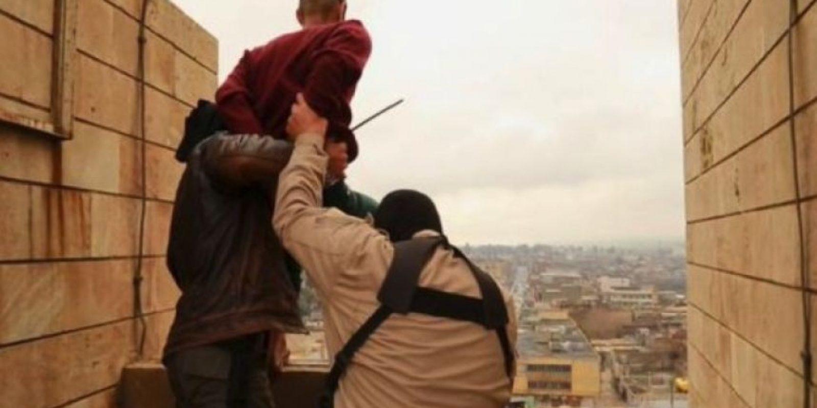 En una ocasión, uno sobrevivió y fue apedreado por los militantes Foto:Twitter.com – Archivo