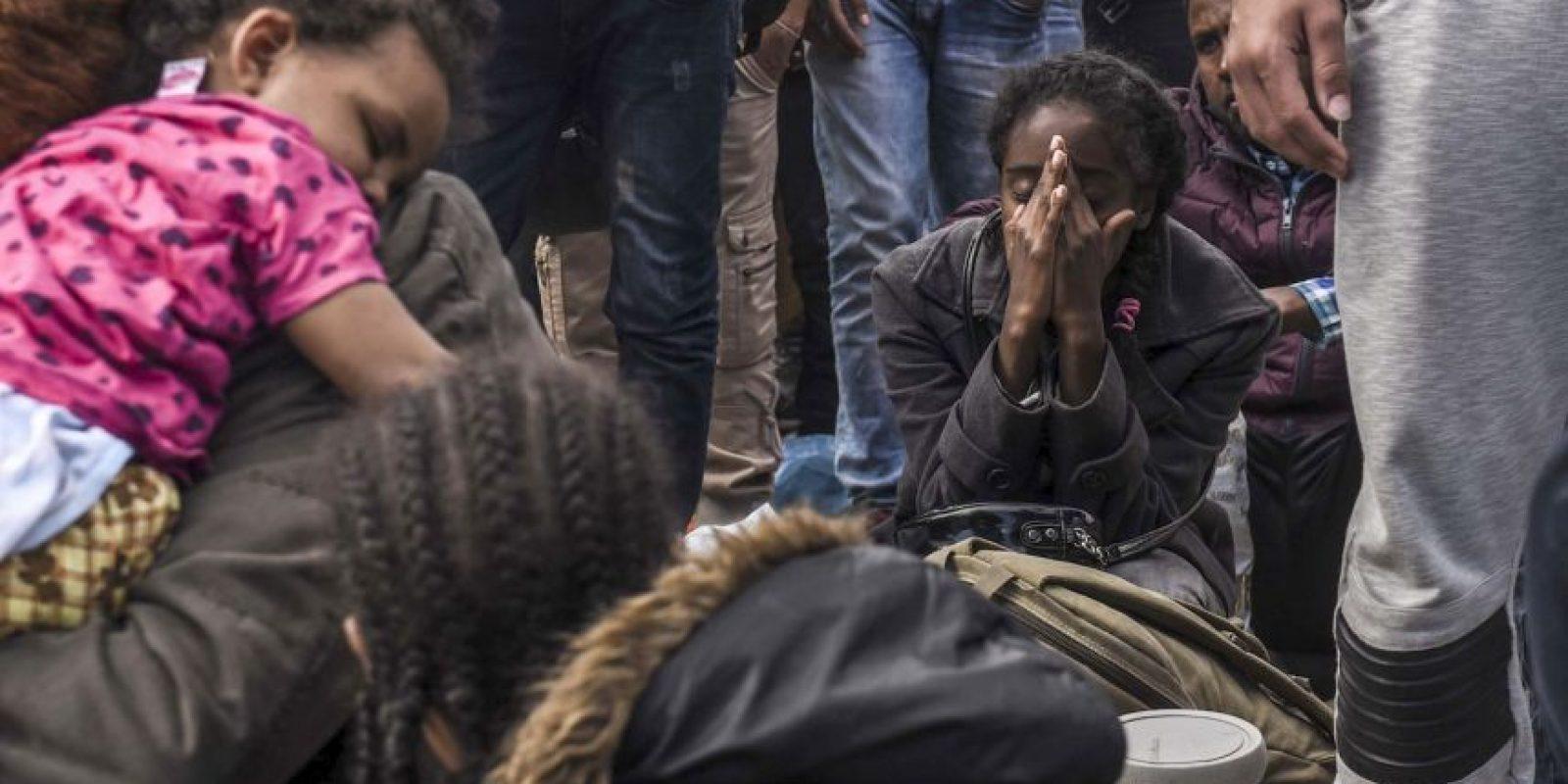 Migrantes en asilo de Macedonia. Foto:AFP