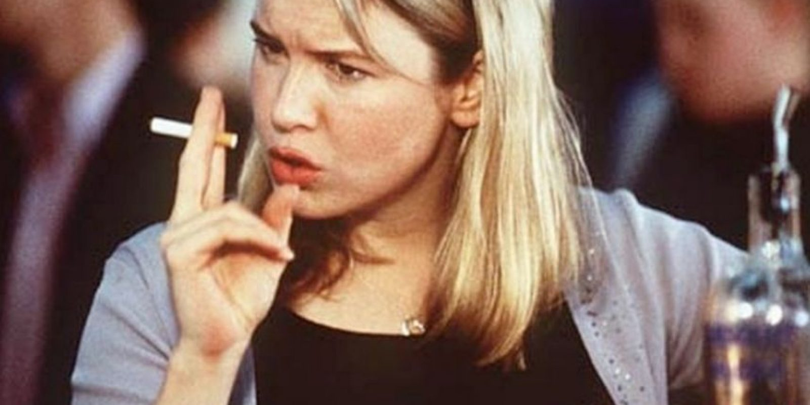 6. Como Renée Zellweger no soportaba los cigarrillos comunes se le permitió fumar unos de hierbas para hacer más creíble el papel. Foto:IMDB