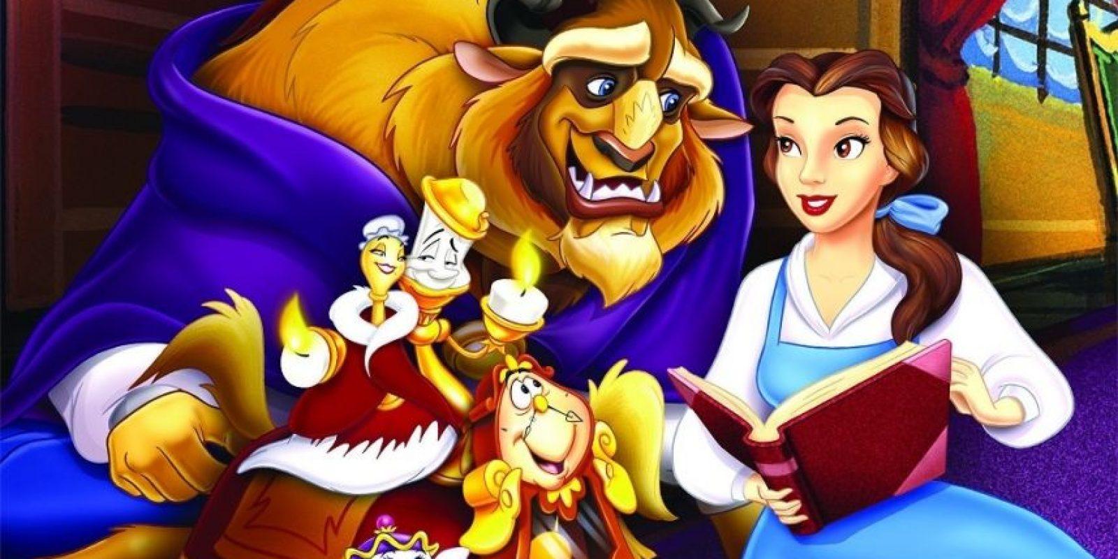 En La Bella y la Bestia, Bella tiene solo a su bondadoso padre. Foto:Disney