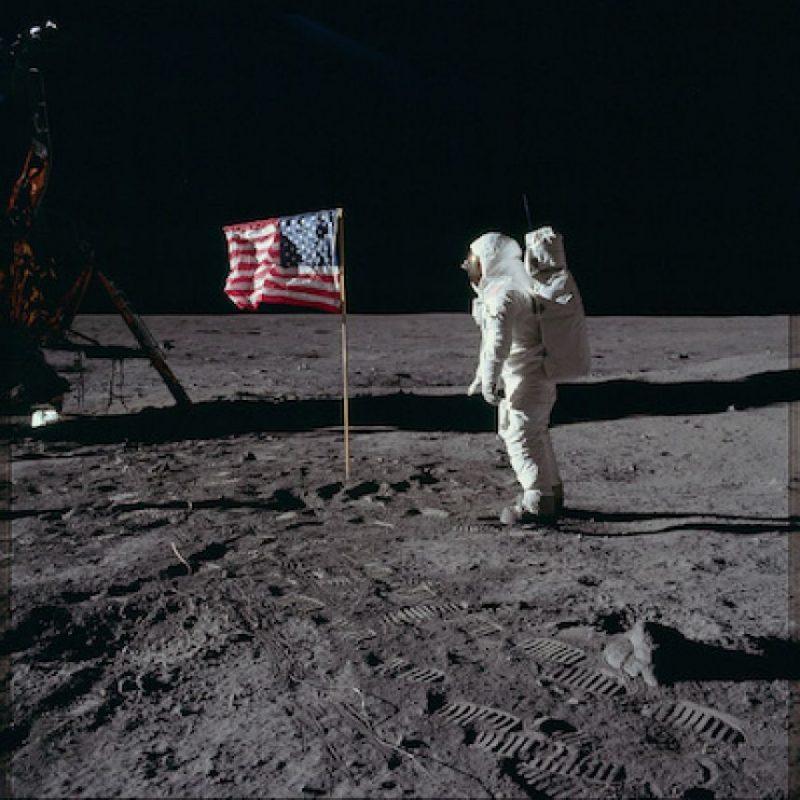 Se izó la bandera estadounidense Foto:Flickr.com/projectapolloarchive