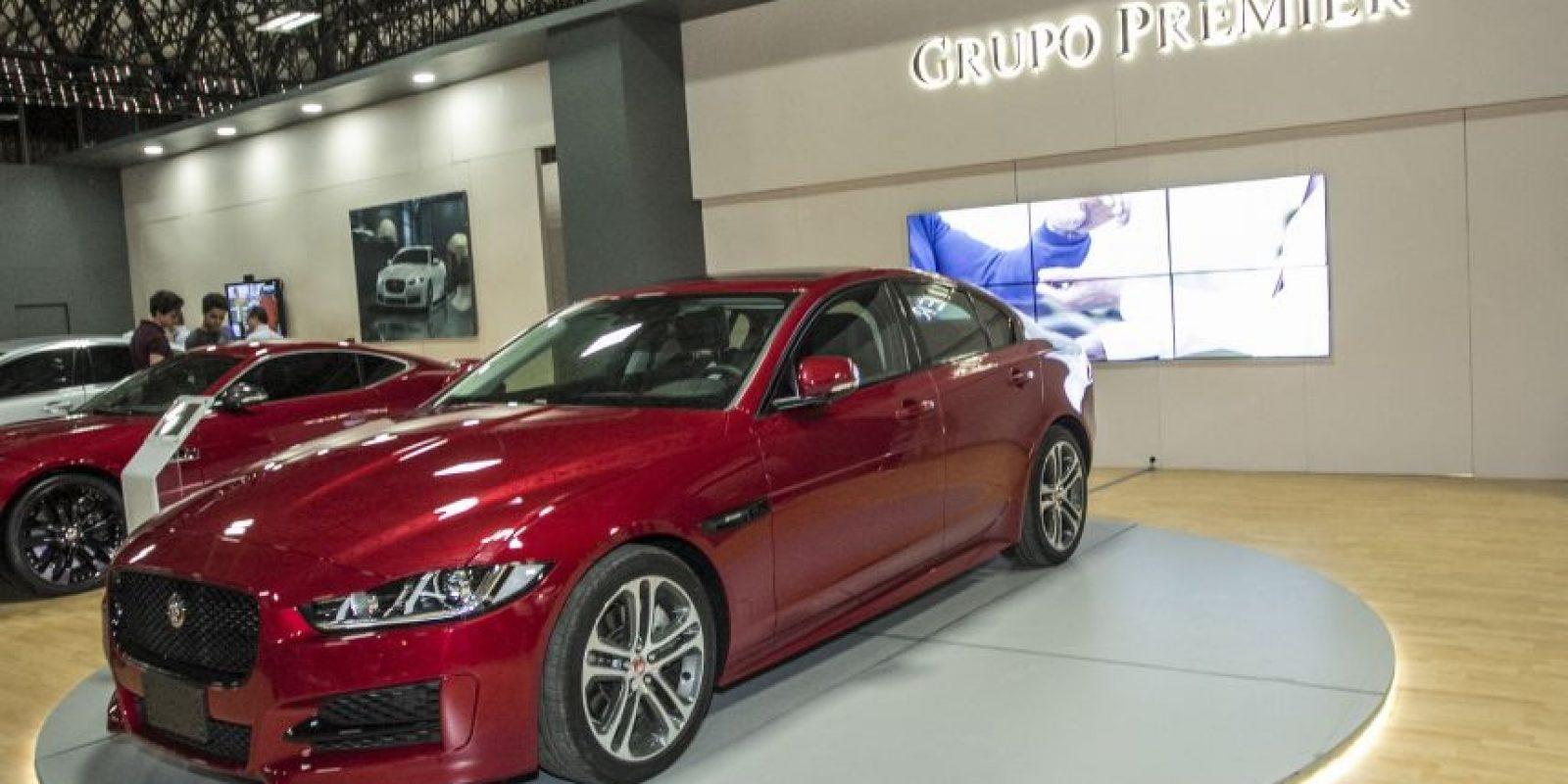 Jaguar hizo la presentación-lanzamiento del último modelo sedan deportivo, el Jaguar XF. Foto:Cortesía: Expocar 2015
