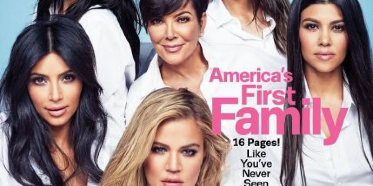 No faltó nadie... el clan Kardashian-Jenner protagoniza la portada de