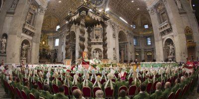Desde este domingo 4 de octubre y hasta el próximo 25 del mismo mes, se realizará el Sínodo de los Obispos, una reunión de alto rango en el Vaticano en el que se decidirá la postura de la Iglesia Católica en cuanto a los temas que están definiendo el panorama mundial. Foto:AP