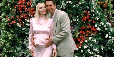Se casó en 1992 con Jeff Koons, con quien hizo performances artísticos y fotos eróticas. Se separaron en malos términos y él vendió todas las fotos sexuales de ella. Foto:vía Getty Images