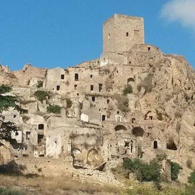 Los últimos habitantes lo abandonados en 1953 Foto:Instagram.com