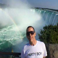 También en 2006 fue detenido por orinar en la alfombra roja del club de una fiesta relativa a los Premios Oscar Foto:Facebook.com/SteveO
