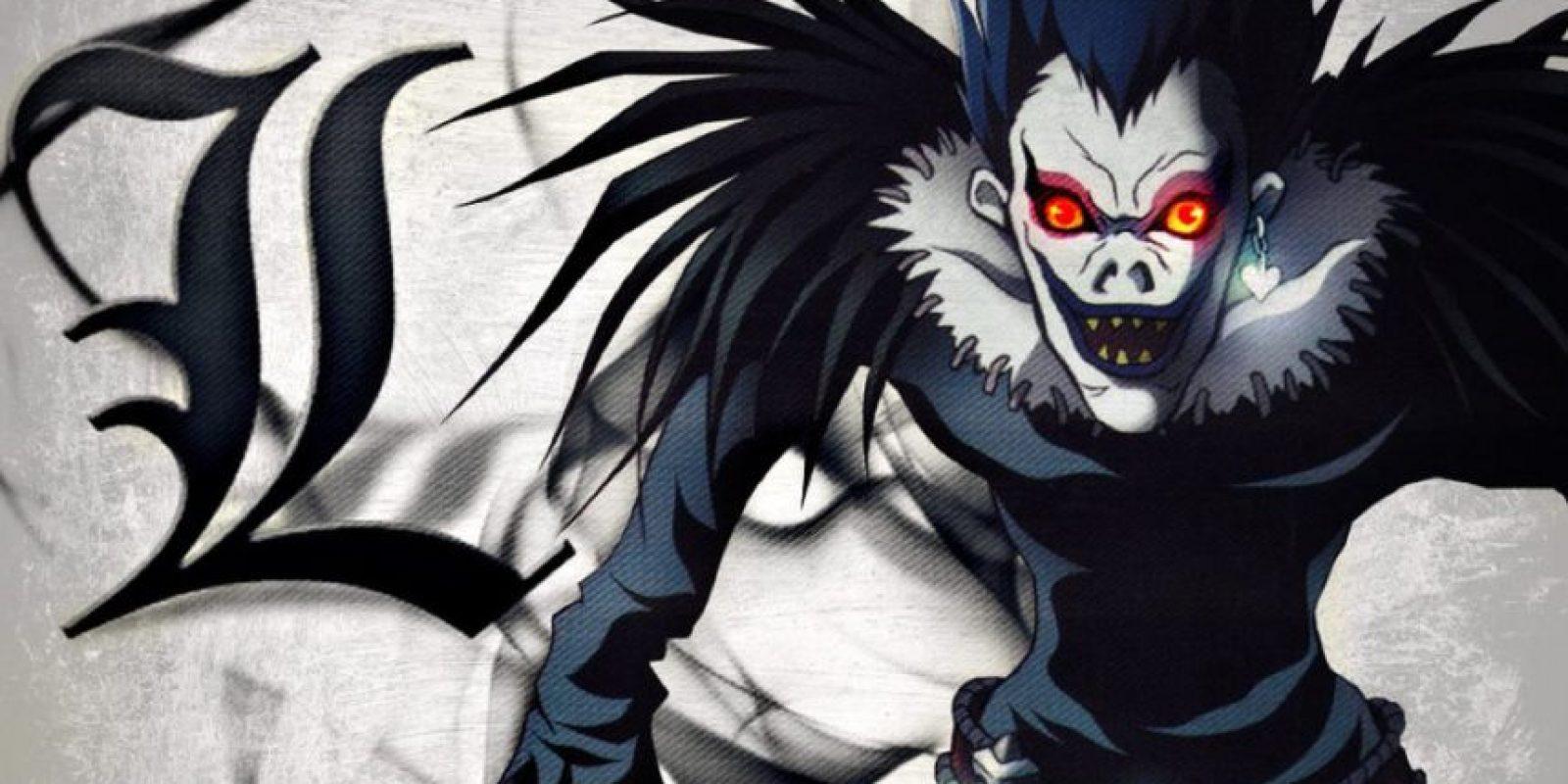 Light Yagami, el joven influenciado por el demonio Ryuk, escribía en un cuaderno todos los nombres de los que quería que muriesen. Foto:vía MadHouse