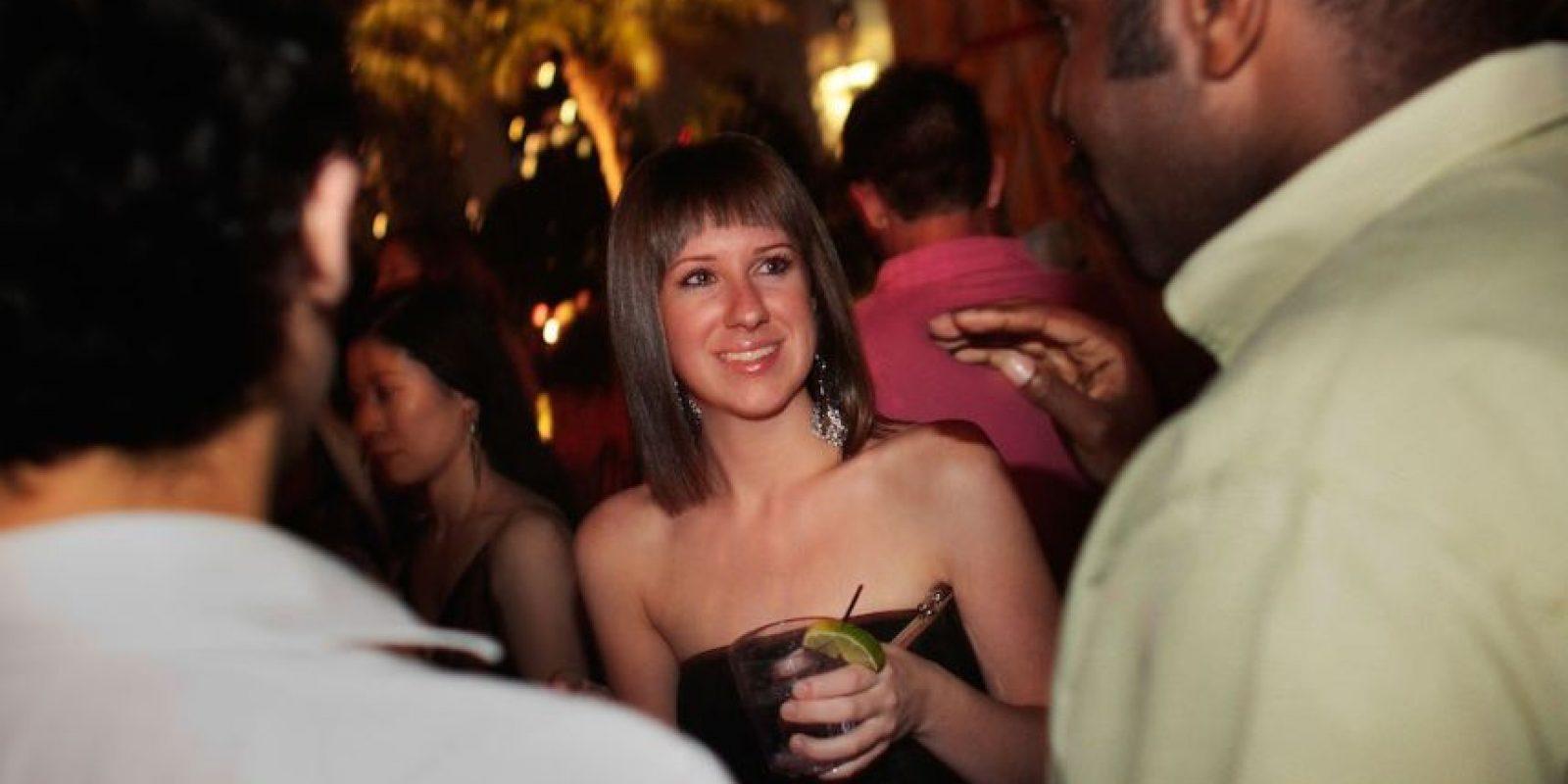 7. S debería beber con moderación… pero siendo sinceros, pasarse de copas es más común (quizá para liberar tensión) Foto:Getty Images
