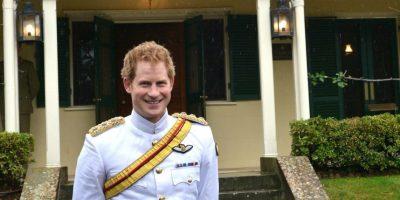 """""""Así que estaba sentada ahí y con otros amigos y todos nos pasamos la tarde charlando y riendo"""", comentó sobre su primer encuentro con el hermano del príncipe William. Foto:Getty Images"""