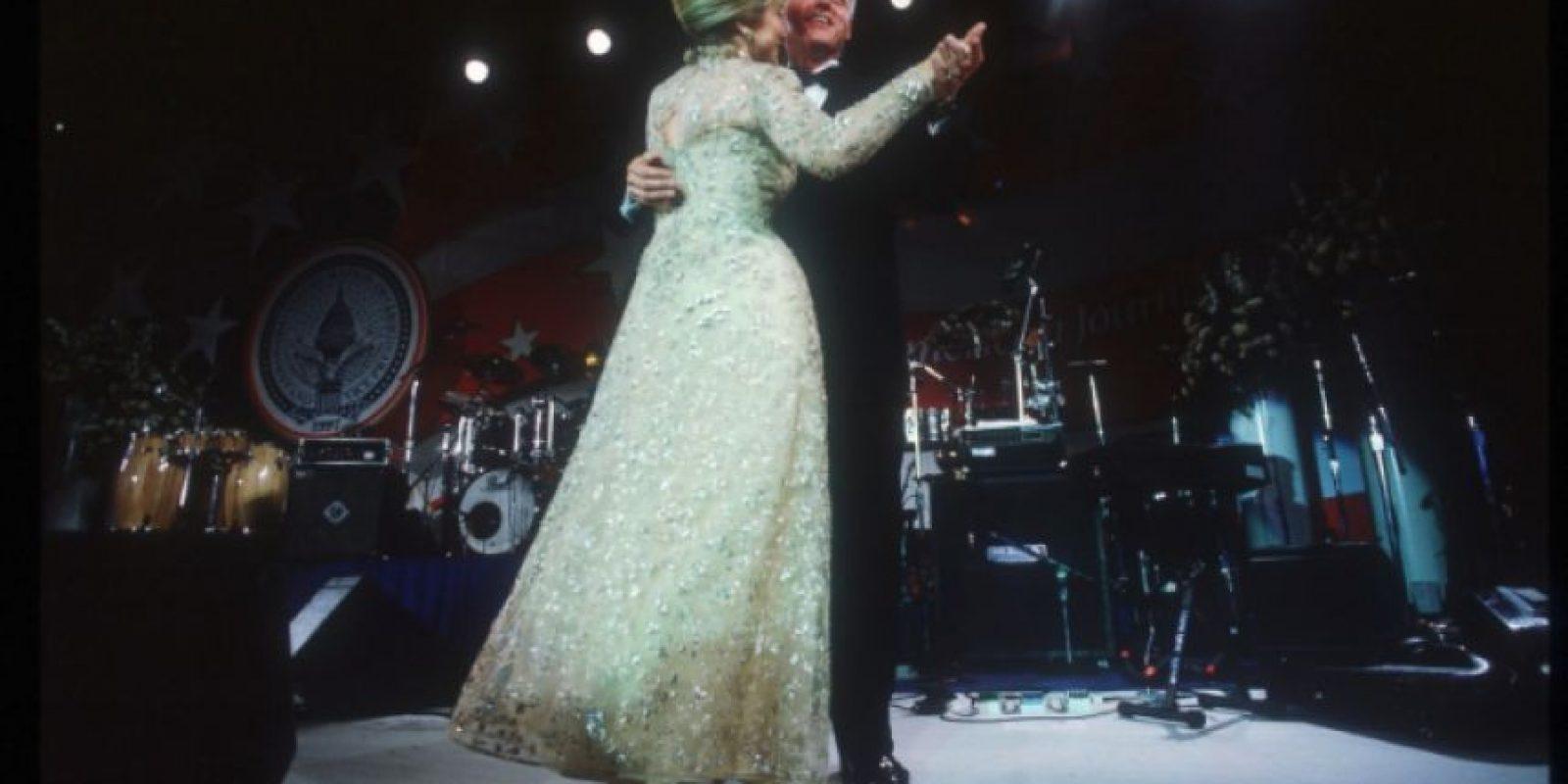 Baile inaugural en Washington, el 20 de enero de 1997. Foto:Getty Images