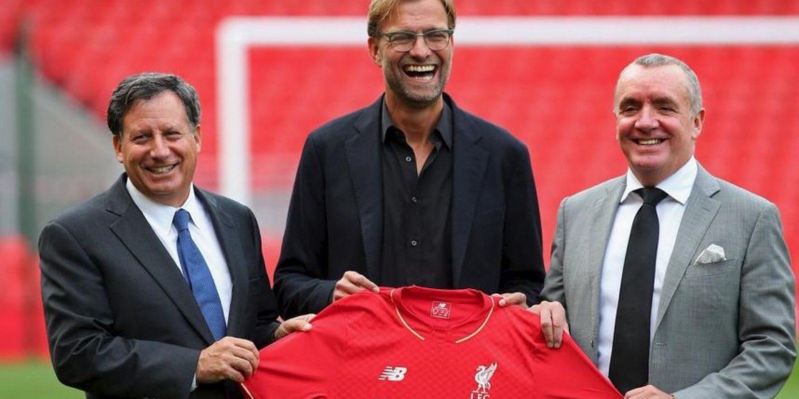 Finalmente, el alemán Jürgen Klopp fue nombrado técnico del Liverpool. Foto:twitter.com/LFC