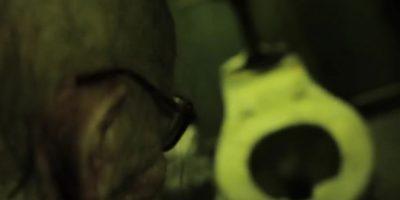 Los actores se prenden en ustedes y los gritos son desgarradores. Foto:Vía Youtube 17thDoor Haunt Experience