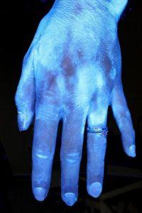Este lavado duró más de seis segundos sin tallarse bien el dorso de las manos ni los dedos. Foto:MichiganStateU