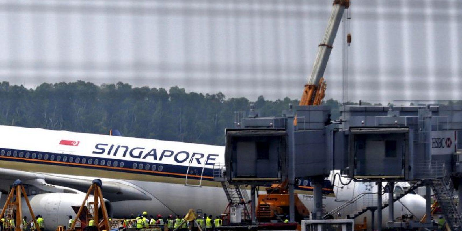 Aún se desconoce qué fue lo que ocasionó que el tren de aterrizaje se desplomara. Foto:AP