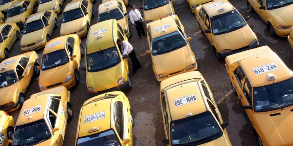 Cinco cosas que puede hacer cuando un taxista le presta mal servicio