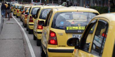 en vivo el paro de taxistas en Bogotá