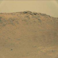 La cual fue tomada por el explorador Curiosity Foto:Original en http://mars.jpl.nasa.gov/msl-raw-images/msss/00771/mcam/0771MR0033150050403893E01_DXXX.jpg