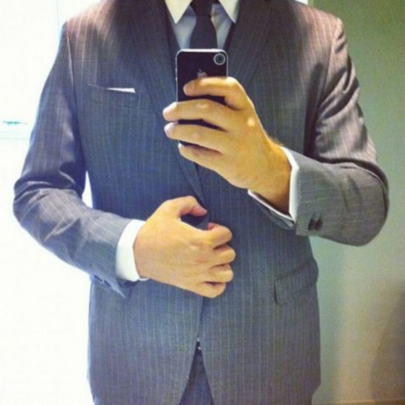 Los selfies con traje. Foto:instagram.com/kevin
