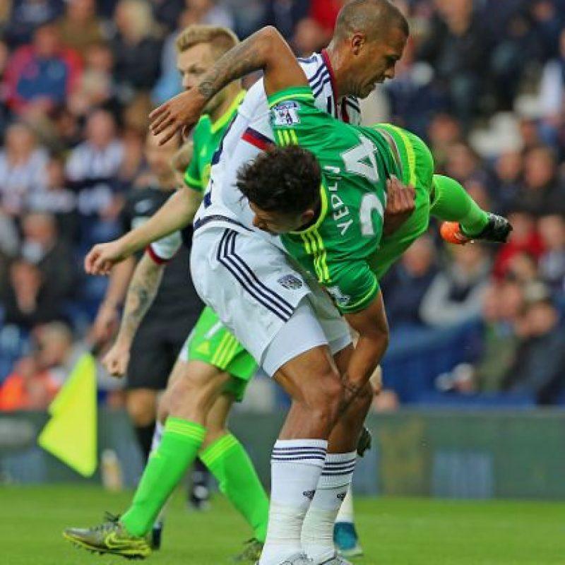 """El venezolano Salomón Rondón tuvo un destacado gesto de """"fair play"""" en la Premier League. Foto:Getty Images"""