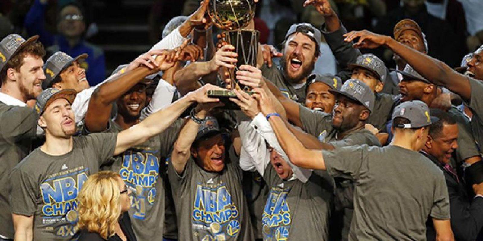 8. Golden State campeón de la NBA. Los Warriors dieron la campanada y son los actuales monarcas de la mejor liga de baloncesto Foto:Getty Images