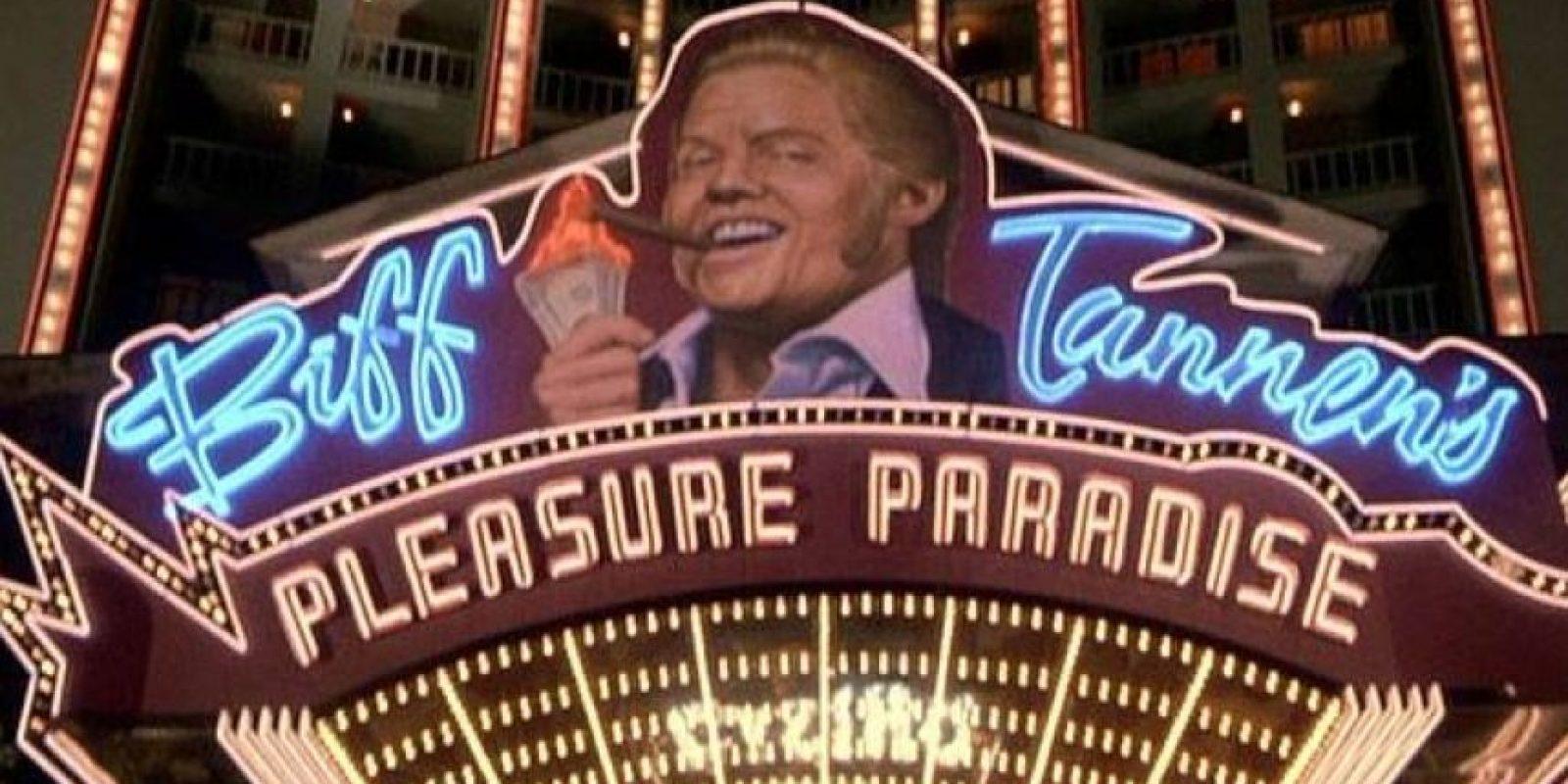 "Mientras que ""Biff"" el ""Pleasure Paradise"" Foto:Universal Pictures"