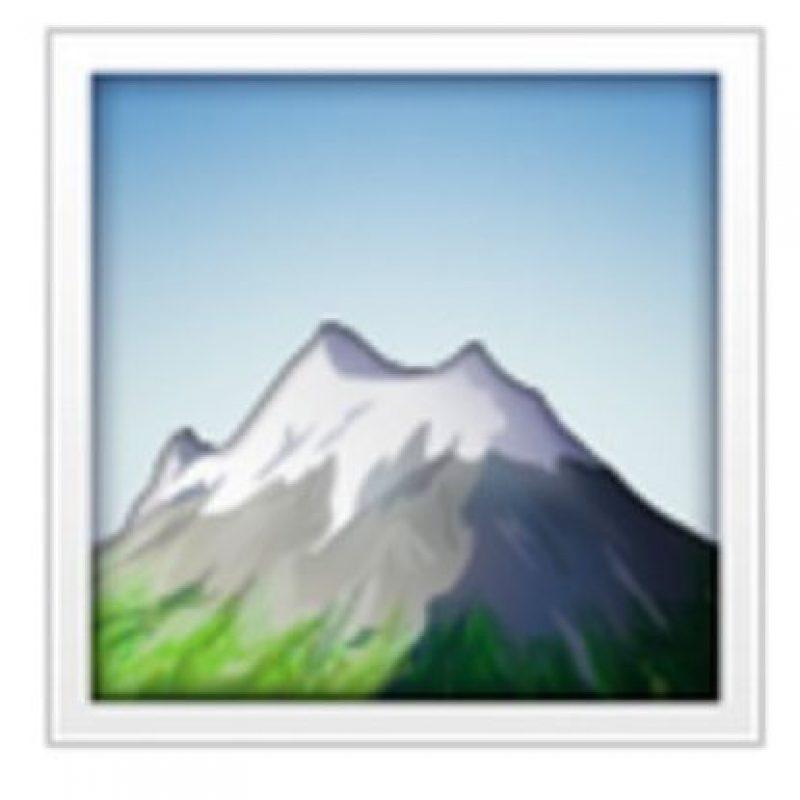 Montaña nevada. Foto:vía emojipedia.org