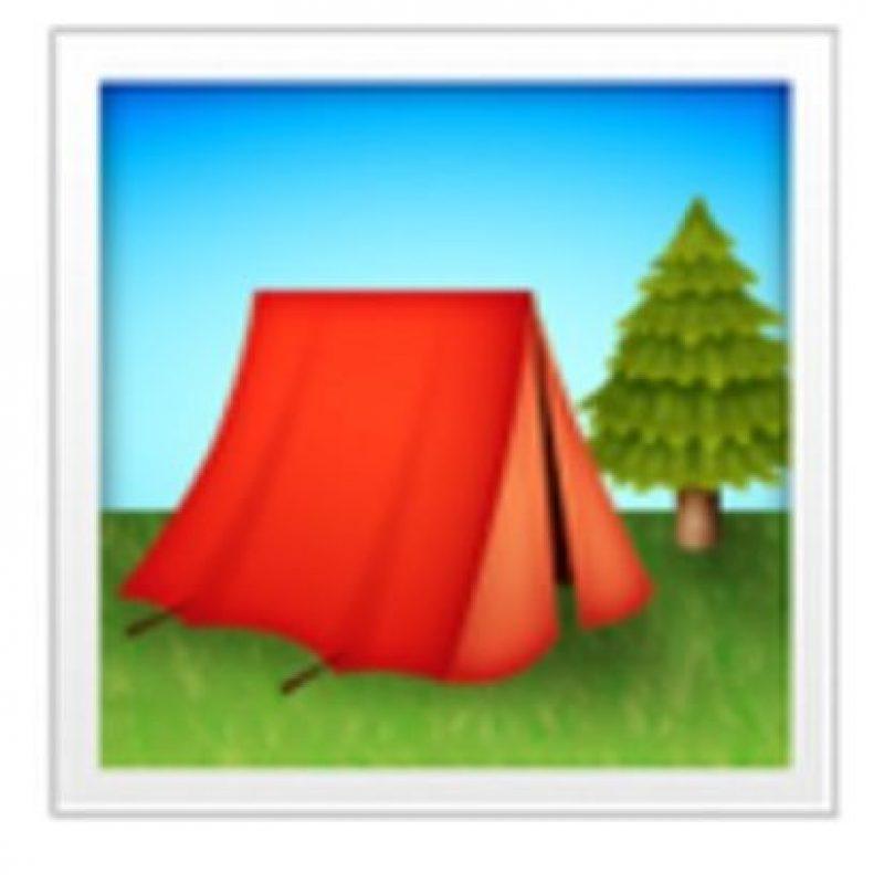 Casa de campaña. Foto:vía emojipedia.org