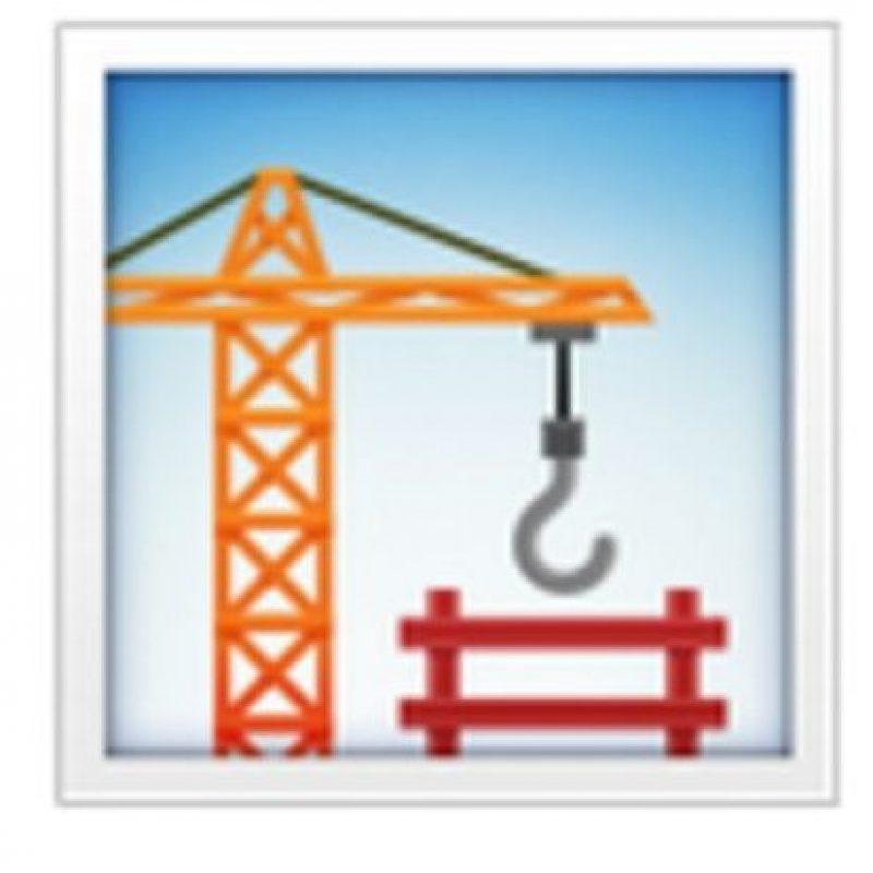 Edificio en construcción. Foto:vía emojipedia.org