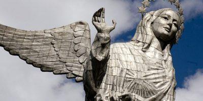 """Para detenerse a observar el cielo, la mejor opción es el mirador """"El Panecillo"""" ubicado en el corazón de la ciudad de Quito. Foto:Vía quito.com.ec"""