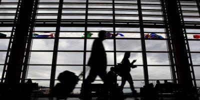 4. American Airlines prohibe viajar siete días antes o siete días después del parto. Foto:Getty Images