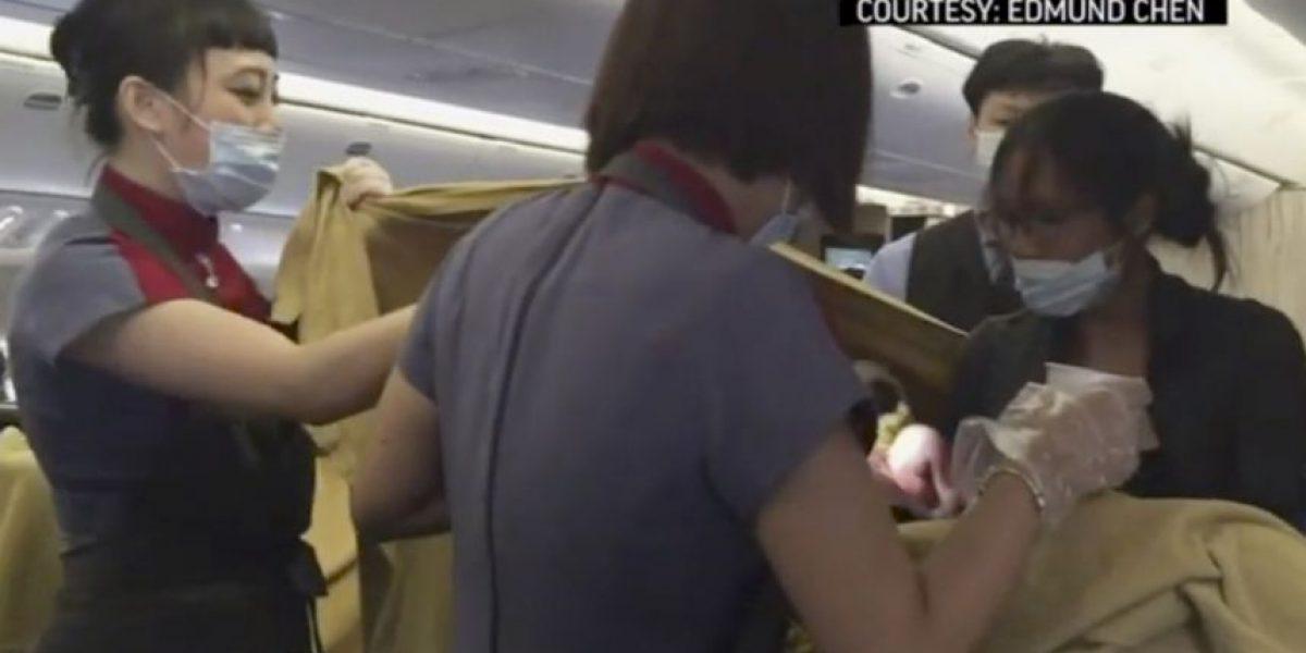 Tres reglas que las embarazadas deben respetar para subir a un avión