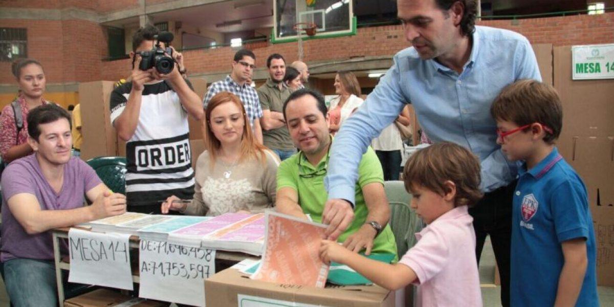 Los candidatos a la Alcaldía de Medellín ejercieron su derecho al voto