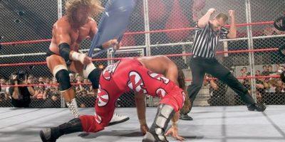Las imágenes más impactantes en la historia del Hell in a Cell de la WWE Foto:WWE