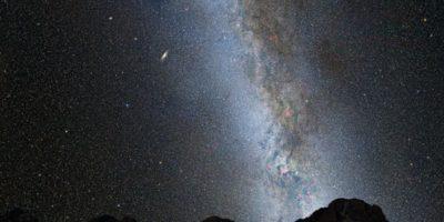 De acuerdo a pronósticos de la NASA y la Agencia Espacial Europea, así sería el impacto entre las dos galaxias Foto:NASA – ESA