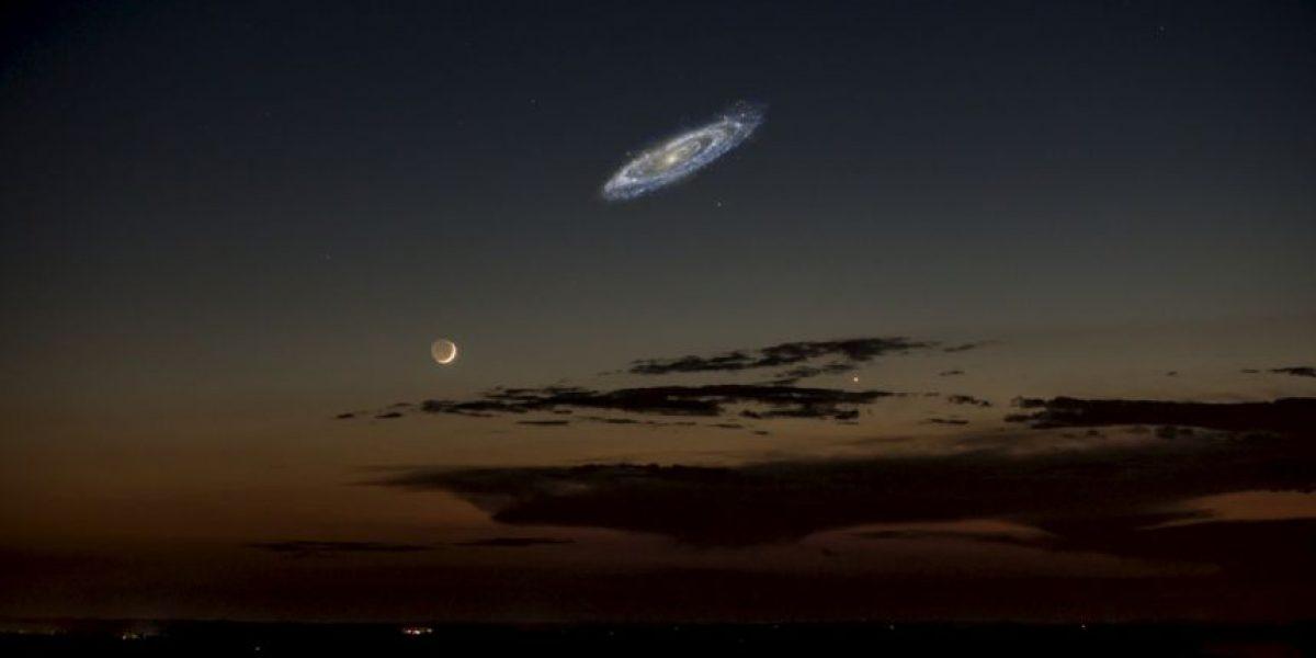 Foto viral: ¿Es cierta esta foto de la galaxia Andrómeda junto a la Luna?