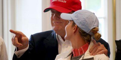 Carter cree que las extremidades del republicano son pequeñas. Foto:AP